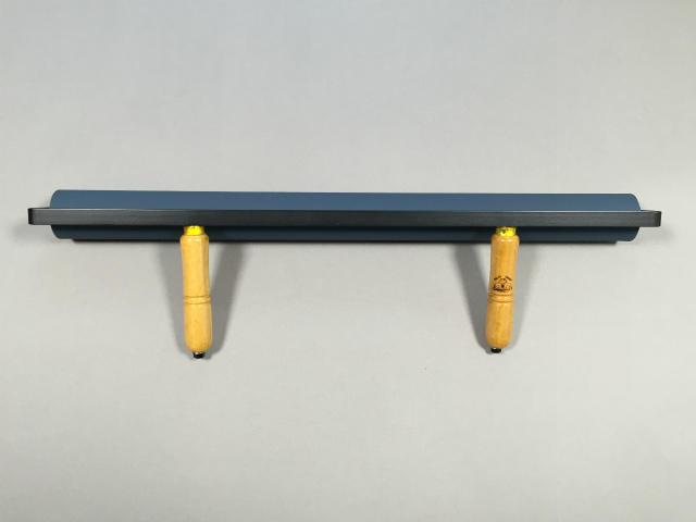 規格品で唯一の持ち手2本仕様の60cmゴム手ローラー