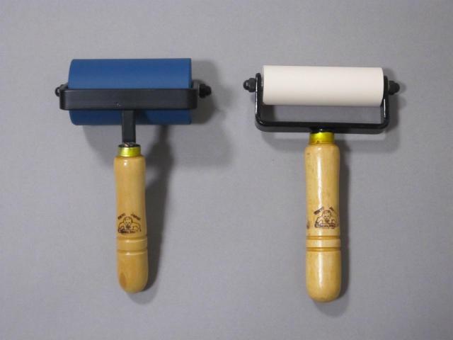 規格品ゴム手ローラー φ5cm×9cm品との比較写真
